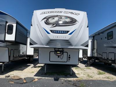 New 2021 Forest River RV Cherokee Arctic Wolf 321BH