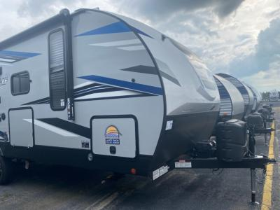 New 2022 Forest River RV Cherokee Alpha Wolf 22SW-L