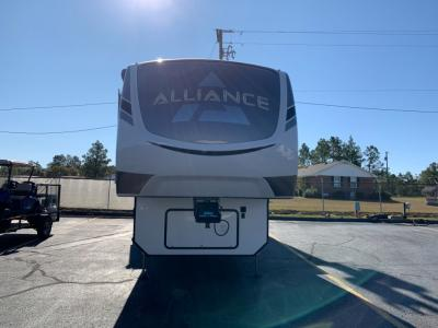 New 2021 Alliance RV Paradigm 370FB