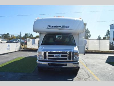 Used 2011 Four Winds RV Freedom Elite 28U
