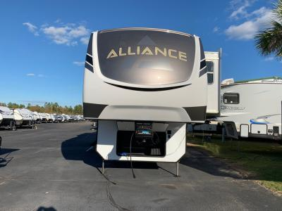 New 2021 Alliance RV Paradigm 340RL