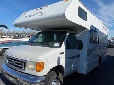 Used 2005 Four Winds RV Majestic 23P