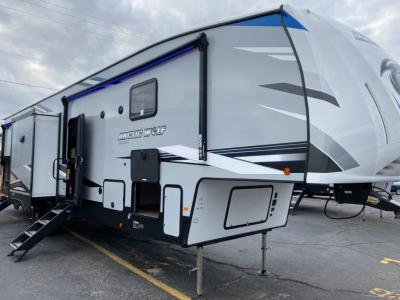 New 2021 FOREST RIVER CHEROKEE 3770SUITE