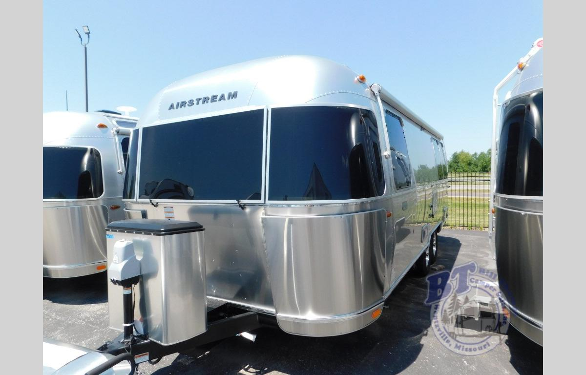 New 2019 Airstream RV Globetrotter 25FB Travel Trailer at