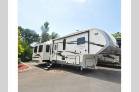 New 2019 Forest River RV Cardinal Limited 3780LFLE Photo
