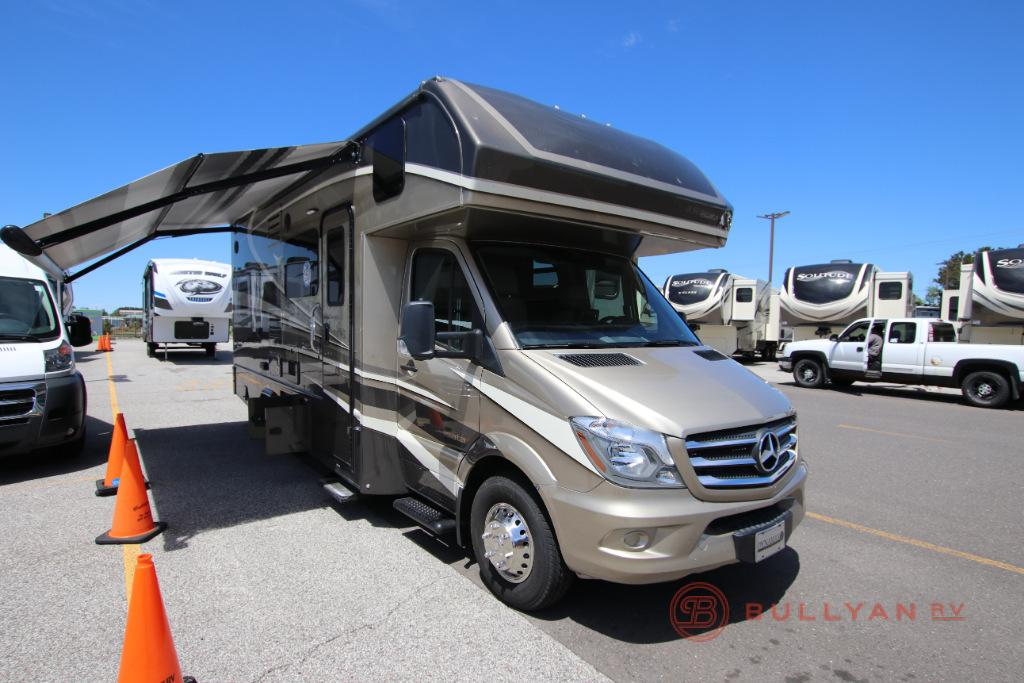 New 2020 Dynamax isata 3 24FW Motor Home Class C - Diesel at