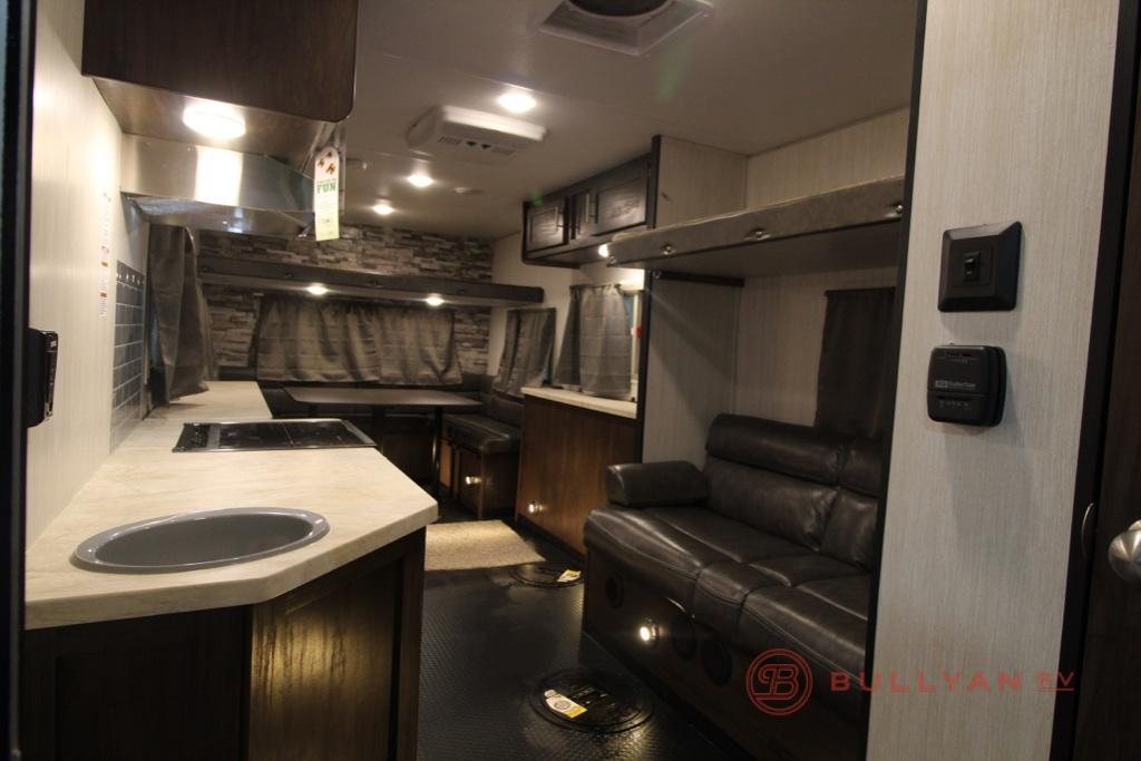 New 2019 Forest River Rv Cherokee Grey Wolf 16 Gr Ice