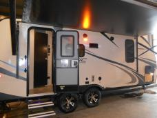 New 2018 Venture RV Sonic SN200VML Photo
