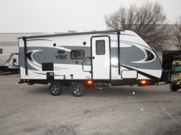 Used 2018 Forest River RV Vibe Extreme Lite 21FBS Photo