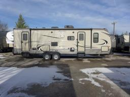 Used 2017 Keystone RV Hideout 28BHS Photo