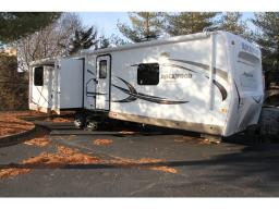 Used 2016 Forest River RV Rockwood Signature Ultra Lite 8329SS Photo
