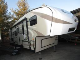 Used 2017 Keystone RV Cougar X-Lite 25RES Photo