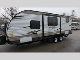 Used 2018 Forest River RV Wildwood X-Lite 230BHXL Photo