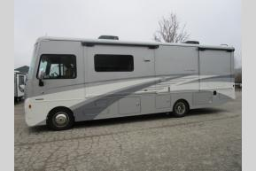 New 2018 Winnebago Vista LX 30T Photo