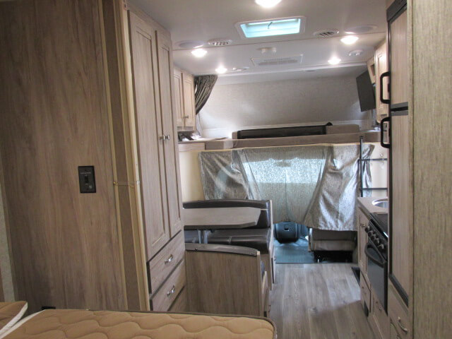 Sunseeker 2250 Overcab Bunk