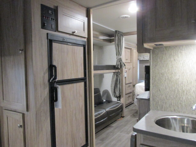 Sunseeker 3250 Kitchen