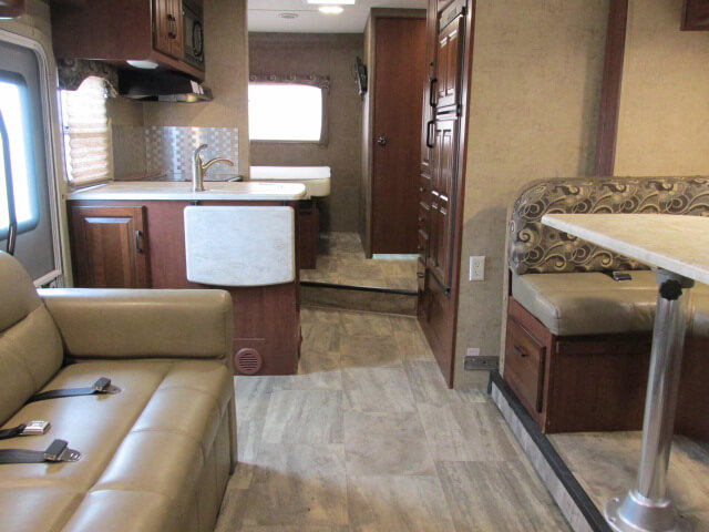 Sunseeker 2700 Living Area
