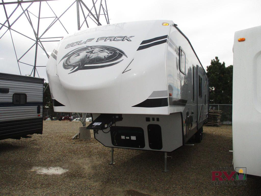 New 2019 Forest River Rv Cherokee Wolf Pack 295 Toy Hauler
