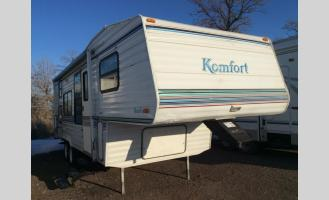 Used 1996 Komfort 25FB Photo