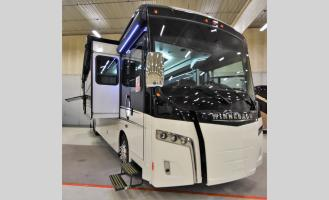 New 2020 Winnebago Horizon 42Q Photo