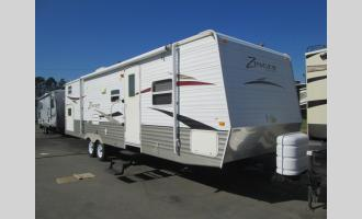 Used 2010 CrossRoads RV Zinger 32QBH Photo