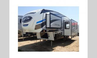 New 2019 Forest River RV Cherokee Arctic Wolf 255DRL4 Photo