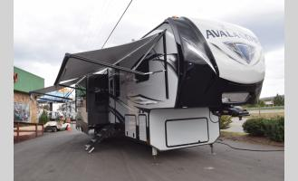 New 2019 Keystone RV Avalanche 396BH Photo