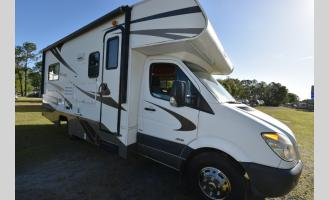Used 2012  Prism 2150LE Photo