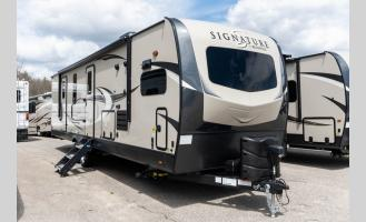 New 2020 Forest River RV Rockwood Signature Ultra Lite 8335SB Photo