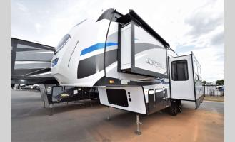 Used 2018 Forest River RV Cherokee Arctic Wolf M265DBH8 Photo
