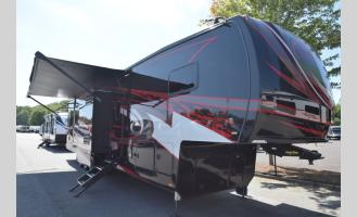 New 2019 Forest River RV XLR Thunderbolt 422AMP Photo