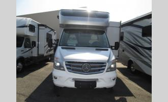 New 2018 Tiffin Motorhomes Wayfarer 24 FW Photo