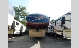 Used 2016 Forest River RV Cardinal 3850RL Photo