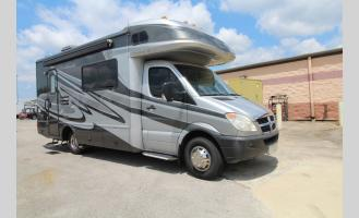 Used 2010 Fleetwood RV Pulse 24S Photo