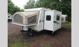 Used 2013 Forest River RV Flagstaff Shamrock 233S Photo