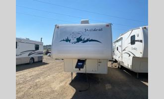 Used 2002 Forest River RV Wildcat 29RLKS Photo
