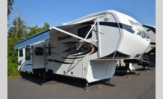 Used 2011 Keystone RV Montana 3580RL Photo