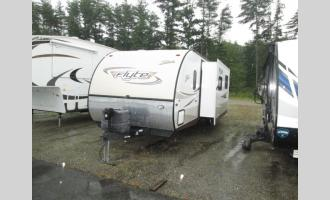 Used 2015 Forest River RV Shasta 305QB Photo