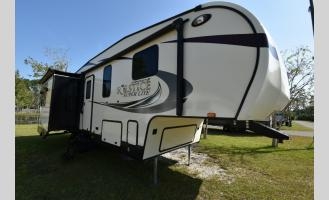 Used 2017 Starcraft Solstice Lite 27 RLS Photo