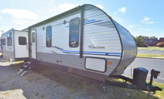 New 2019 Coachmen RV Catalina Legacy Edition 333RETS Photo