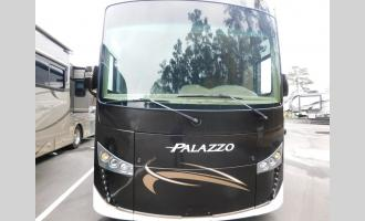 Used 2016 Thor Motor Coach Palazzo 33.2 Photo