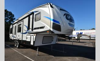 Used 2019 Forest River RV Cherokee Arctic Wolf 305 ML6 Photo