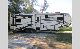 Used 2014 Keystone RV Montana 3155 RL Photo