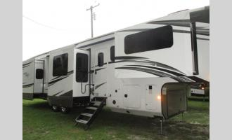 New 2021 Jayco North Point 381FLWS Photo