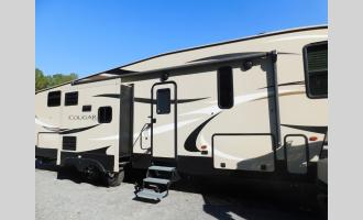 Used 2019 Keystone RV Cougar Half-Ton 32DBH Photo