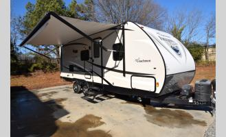 Used 2017 Forest River RV Freedom Express 236BHS Photo