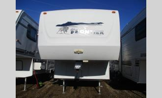Used 2004  FRONTIER 2535 Photo