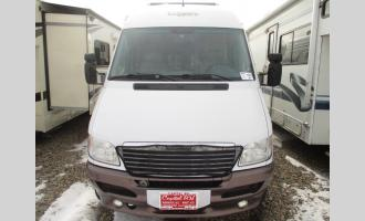 Used 2005  Free Spirit 210B Photo