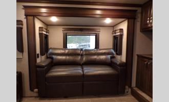 New 2020 Keystone RV Alpine 3701FL Photo