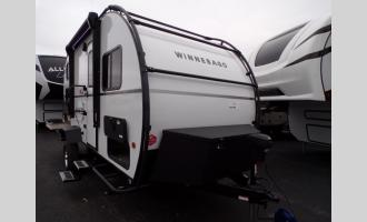 New 2021 Winnebago Hike 172BH Photo